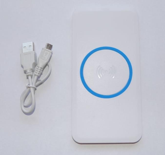 Беспроводная зарядка Qi ERA для смартфонов