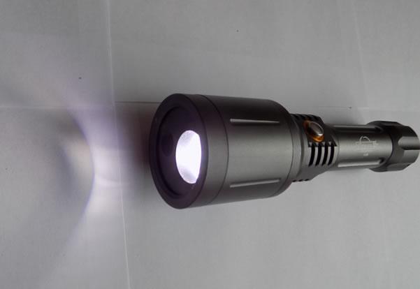 светодиодный фонарик с лазерной указкой Огонь H-296 свечение