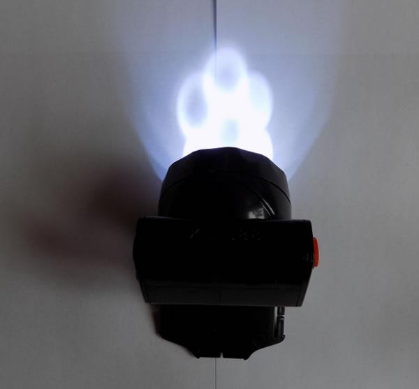 наголовный фонарь XL-588 свечение