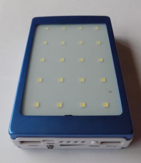 Внешний аккумулятор Powerbank 20000 мАч с солнечной батареей и фонариком
