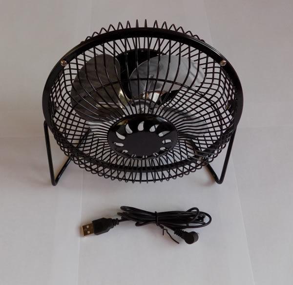 Металлический мини вентилятор USB с кожухом